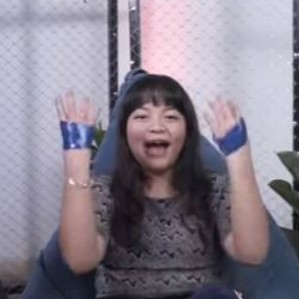 Seru-seruan lakuin 'No Thumbs Challenge'  bareng Amel Carla! thumbnail